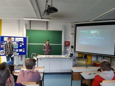 Gruppe_European_Campus_beim_Vortrag_X